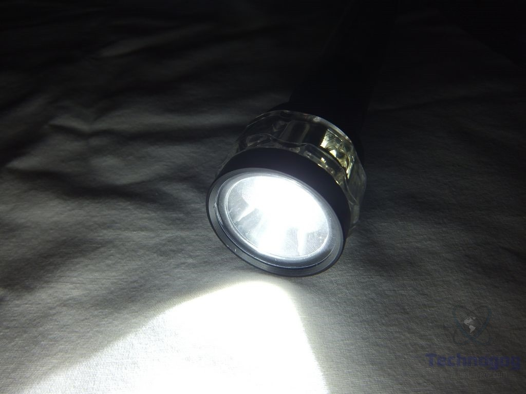 High Quality I Take A Flashlight With Me When I Take My Dogs Out At Night As I Donu0027t  Have A Light On The Side Of The House And The LED Array Works Good ...