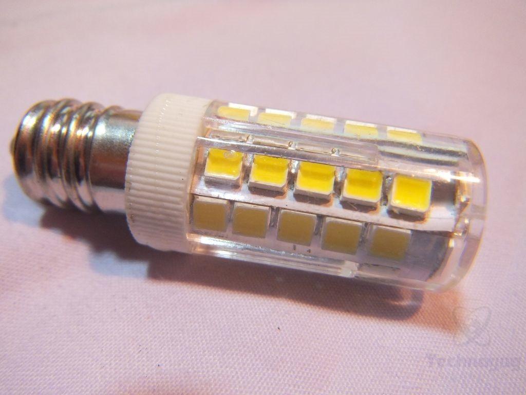 review of j c led 5 watt candelabra base led bulbs technogog. Black Bedroom Furniture Sets. Home Design Ideas