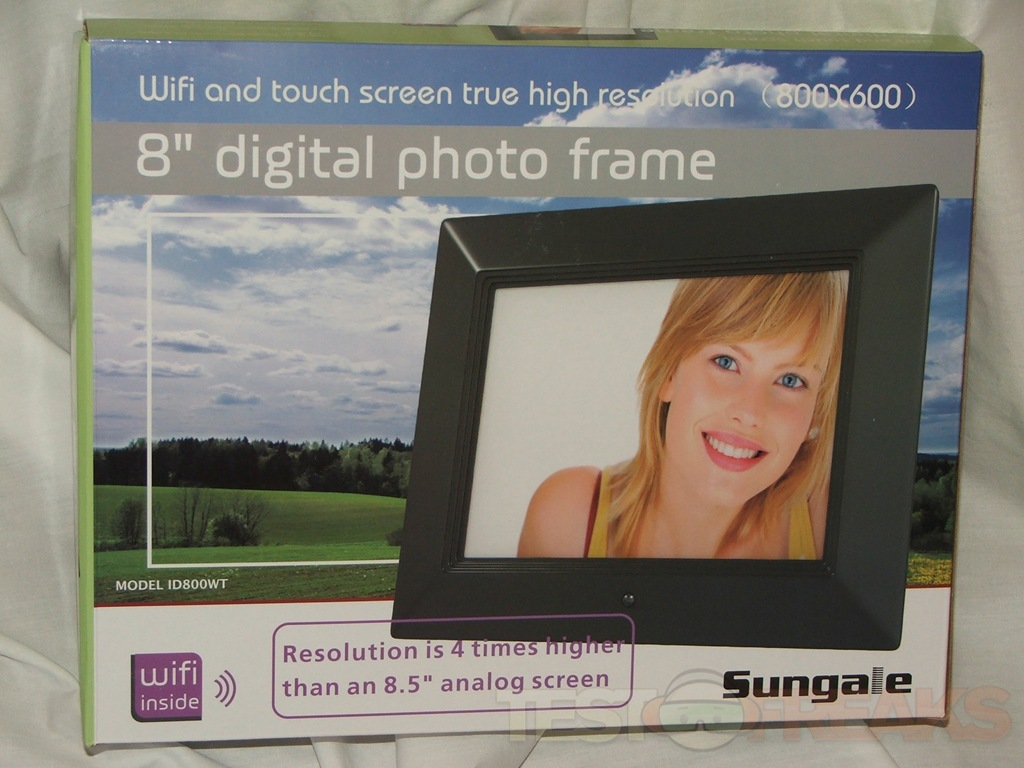 Sungale ID800WT 8 Inch Wi-Fi Digital Touchscreen Photo