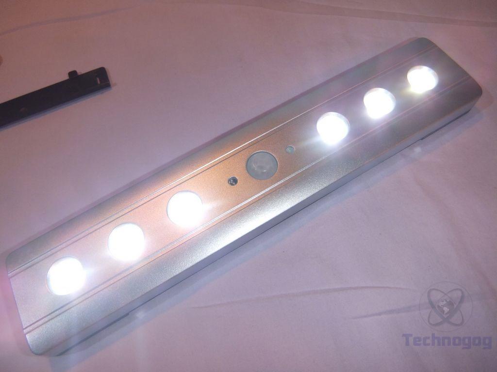 interior battery operated step lights enchanting home design. Black Bedroom Furniture Sets. Home Design Ideas