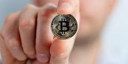 bitcoin-2643160_1280